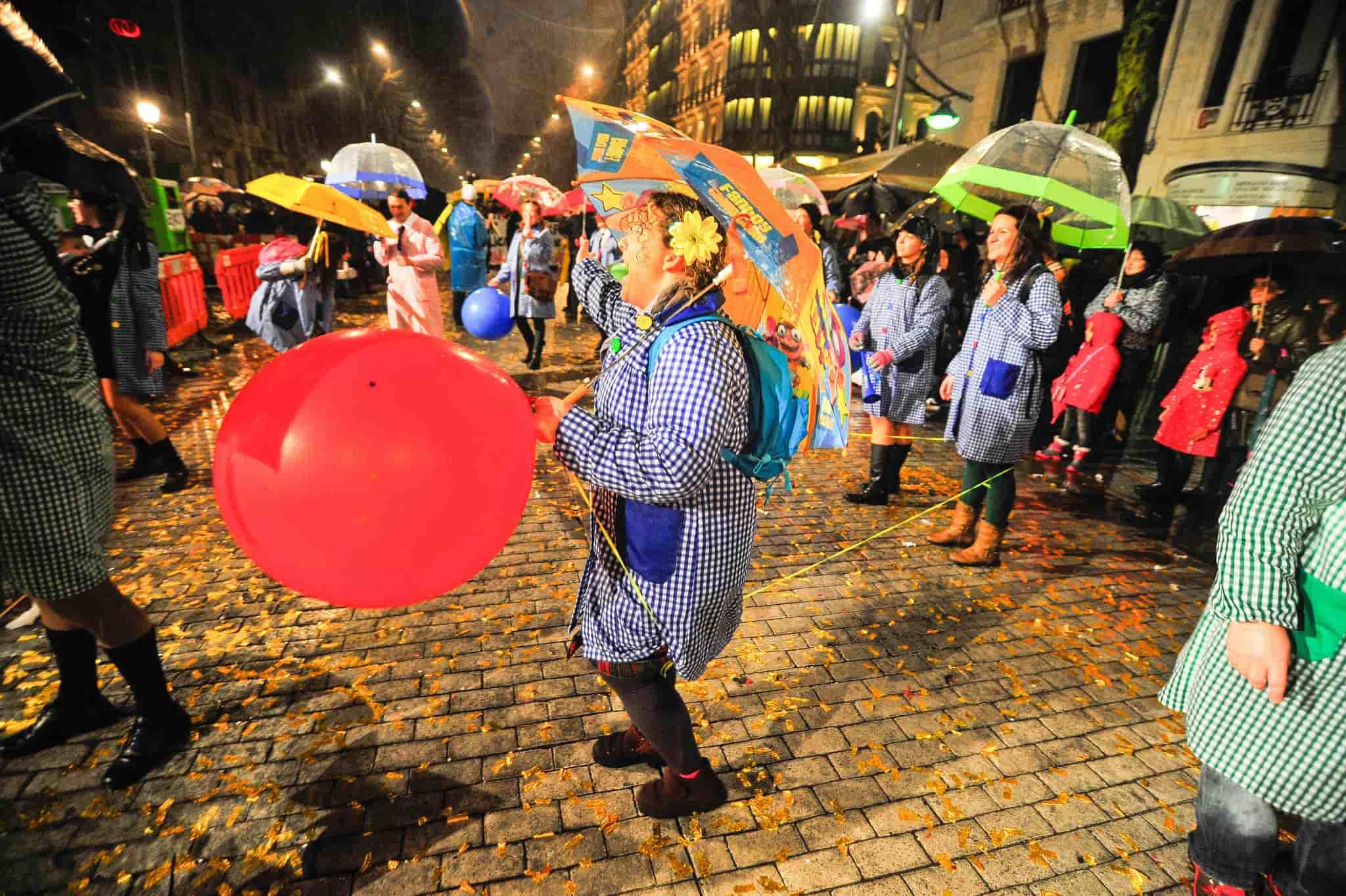 Los carnavales en Valencia son una tradición de escaso recorrido histórico, pero que cada año gana nuevos adeptos.